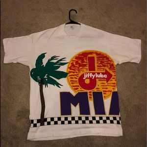 Very Rare Vintage Jiffy Lube 300 Graphic T-Shirt